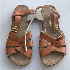 Girls Saltwater sandals